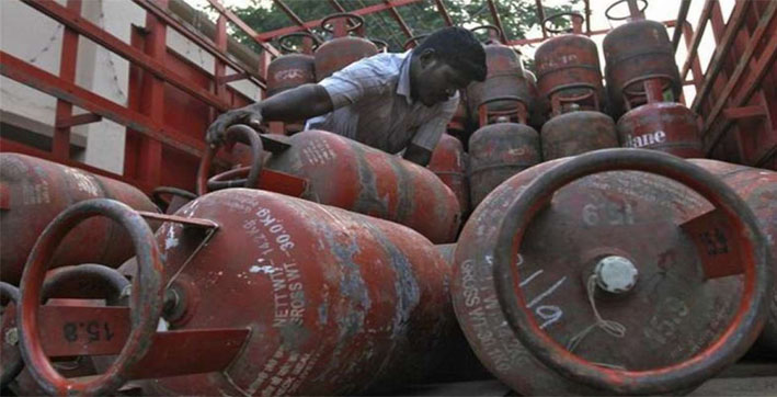 lpg cylinder prices increased by rs 25 second hike in four days