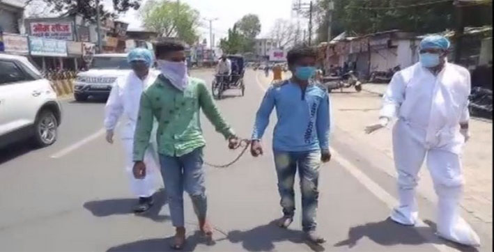 Two arrested in Jabalpur made to walk barefoot after one tests COVID positive