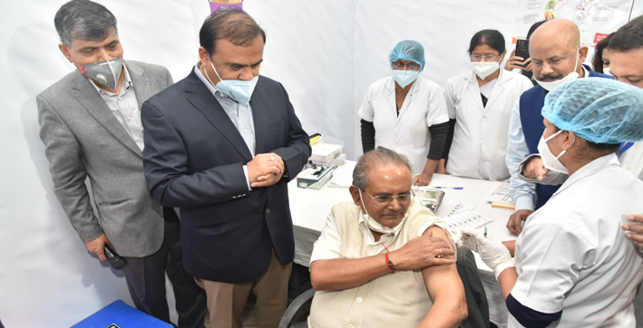 himanta biswa sharma launches guwahati's vaccination drive