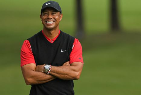 tiger woods returns to golf