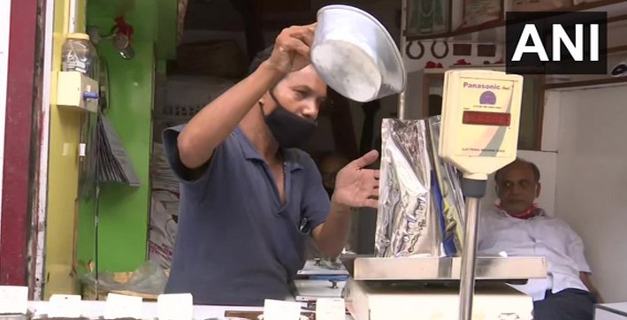 sellers of tea in guwahati face economic hardships due to pandemic floods