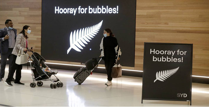 COVID-19: Families reunite as Australia-New Zealand 'travel bubble' begins