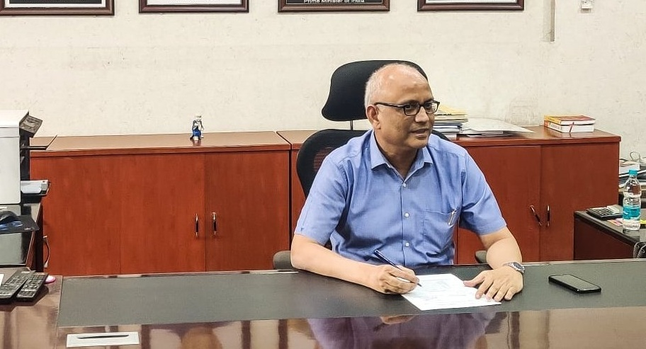 Dr Rajesh Kumar takes charge as Manipur Chief Secretary