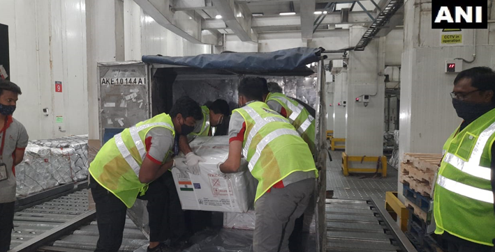 india dispatches first consignment of 100000 covishield vaccines to maldives