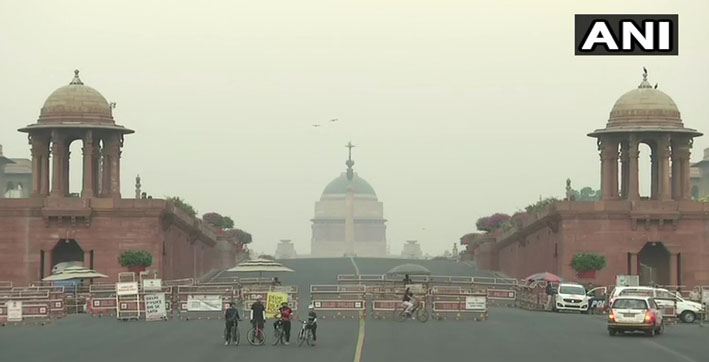 delhi breathless with rising pollution level