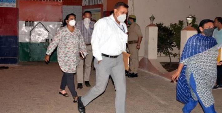 cbi team visits aligarh jail jawaharlal nehru medical college