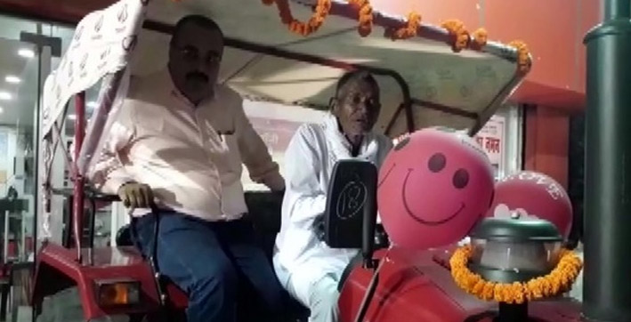 bihar man who carved out 3 km-long canal receives tractor as gift