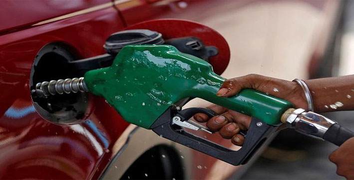 petrol unchanged at rs 9093 for 2nd day in new delhi diesel at rs 8132