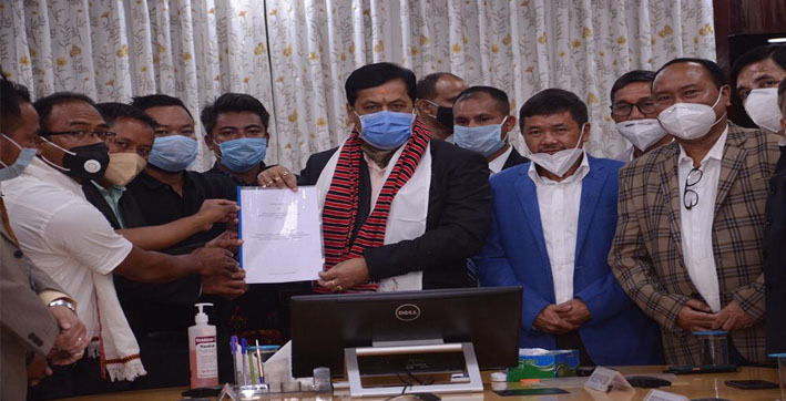 cm sonowal holds meetings with organizations of amri karbi and karbi anglong