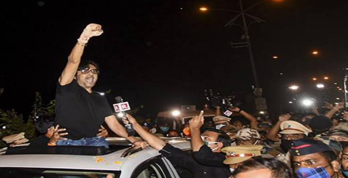 arnab goswami moves hc for quashing fir in anvay naik case