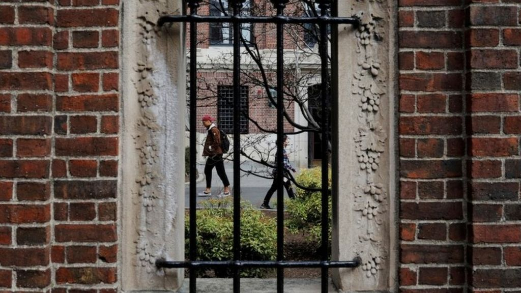 us foreign students whose classes moved online will be asked to leave