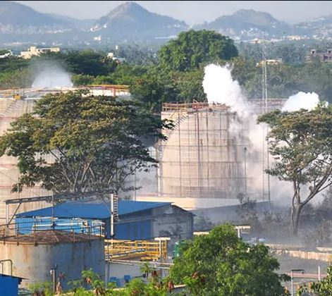 visakhapatnam gas leak 12 including ceo two directors of lg polymers arrested