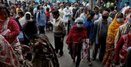 India reports 91,702 new COVID-19 cases, 3,403 deaths