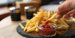 Fried food intake linked to heightened serious heart disease, stroke risk