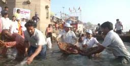 Ganga ghats in Varanasi cleaned up during cleanliness drive