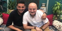 Akshay Kumar pens heartfelt birthday note for Anupam Kher
