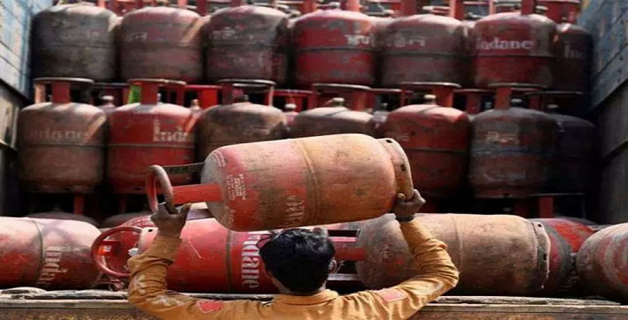 lpg-price-hike-domestic-lpg-cylinder-gets-costlier-by-rs-2550-commercial-lpg-