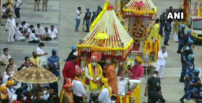 rath-yatra-begins-at-ahmedabads-jagannath-temple