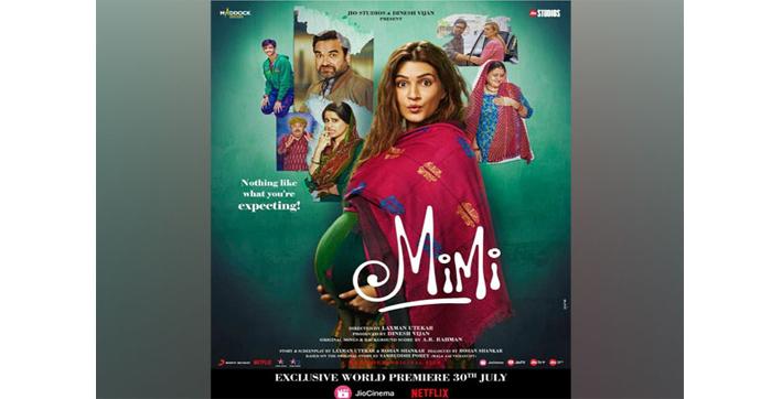 mimi-trailer-kriti-sanon-pankaj-tripathi's-chemistry-leaves-netizens-in-splits