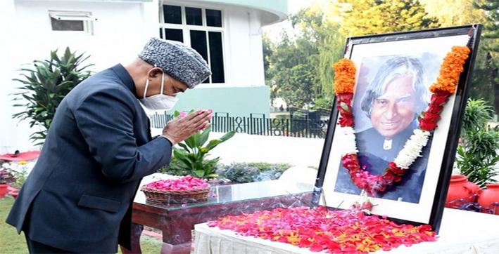 president-ram-nath-kovind-pays-tribute-to-apj-abdul-kalam-on-his-90th-birth-anni