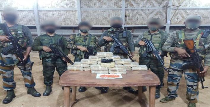 assam-rifles-foils-cross-border-narcotics-smuggling-near-moreh