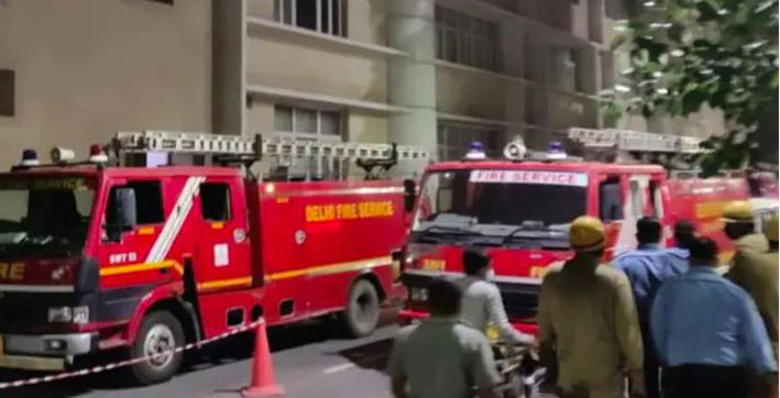 delhi-fire-breaks-out-at-aiims-no-casualty-reported