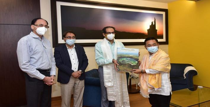 Sikkim CM Tamang Pays Courtesy Visit to Maharashtra CM
