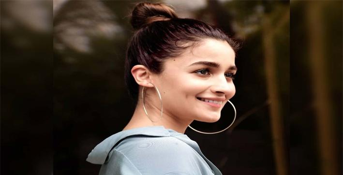 alia-bhatt-signs-with-wme-talent-agency