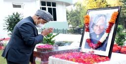 President Ram Nath Kovind Pays Tribute to APJ Abdul Kalam on his 90th Birth Anniver..