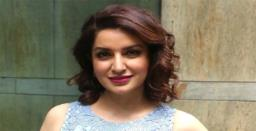 Actor Tisca Chopra Gets Mirabai Chanu
